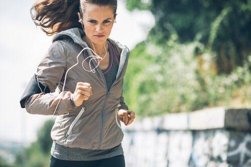motivazione andare a correre ragazza