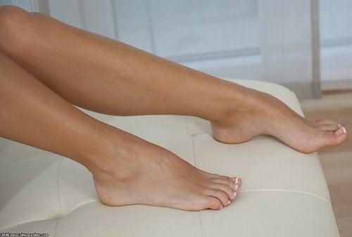 Micosi alle unghie dei piedi, come prevenirla