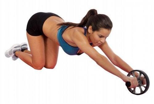 esercizio-con-ruota