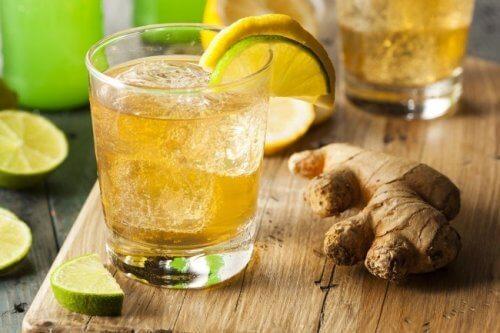 5 bevande che aiutano a perdere peso