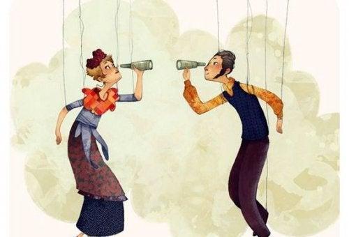 coppia-che-si-guarda