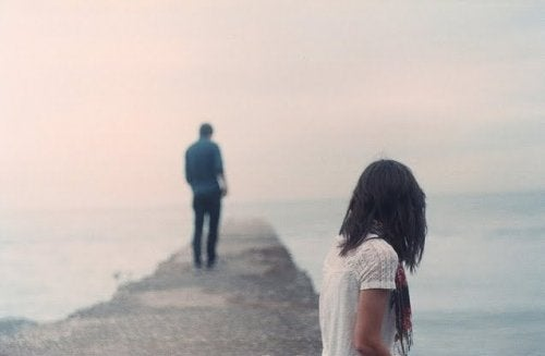 coppia-si-separa interrompere una relazione