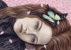 L'autocommiserazione donna-con-farfalla-sui-capelli