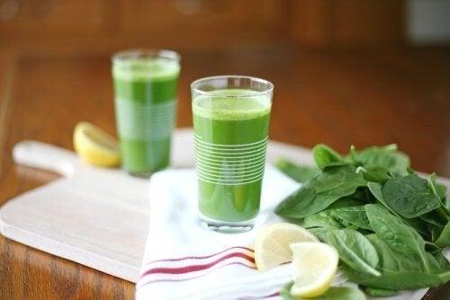 Bevanda mattutina per ridurre i trigliceridi