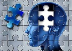 puzzle cervello l'Alzheimer