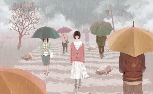 passeggiare sotto la pioggia