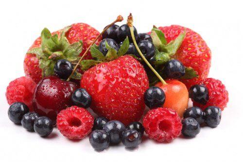 frutti rossi contro l'artrite