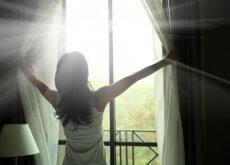 ragazza-alla-finestra vivere