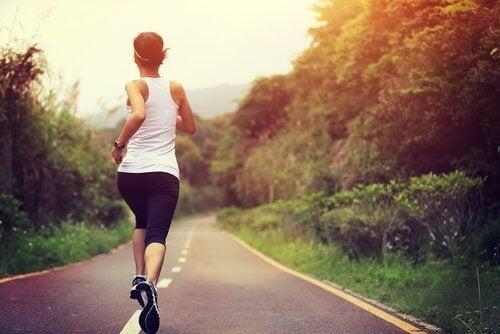 l'attività fisica è fondamentale per prevenire i crampi