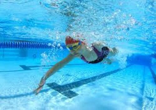 nuoto e attività
