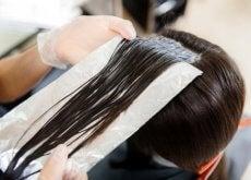 fogli-di-alluminio-sui-capelli