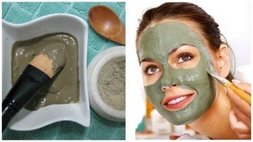 Maschera verde contro punti neri e macchie del viso