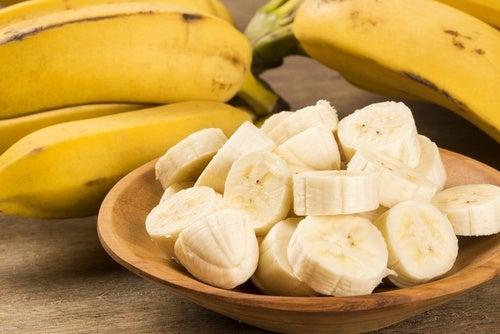 banana tagliata a fettine