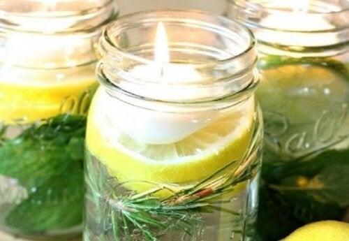 Candele alla citronella