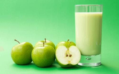 frullato-di-mela-verde