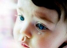 neonato-che-piange disturbo d'ansia da separazione