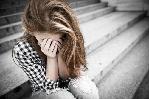 Il mutismo selettivo e i drammi dell'adolescenza