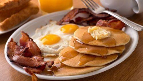 A colazione evitate questi 5 alimenti