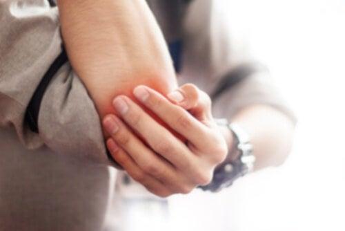 Borsite: 5 rimedi naturali che aiutano ad alleviare i sintomi