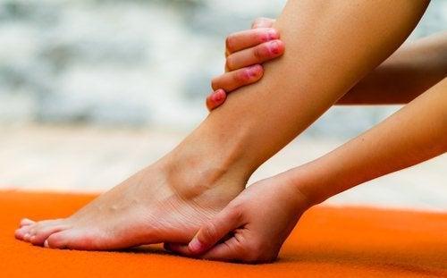 Massaggio ai talloni