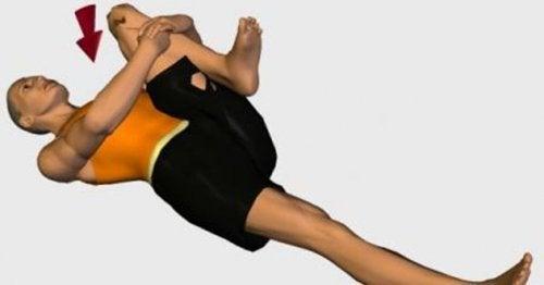 esercizi per il nervo sciatico piegando gambe