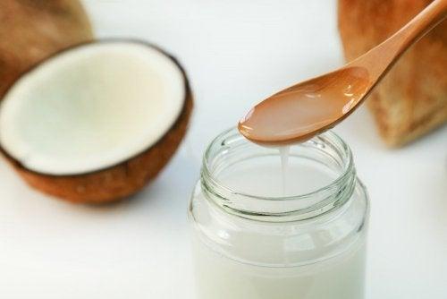Olio di cocco per migliorare la funzione tiroidea