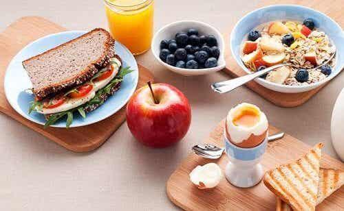 Colazione e cena: 5 consigli per perdere peso
