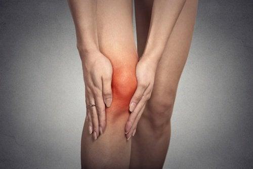 ginocchio infiammato