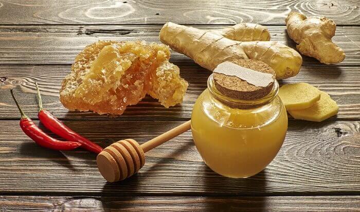 miele, zenzero e peperoncino