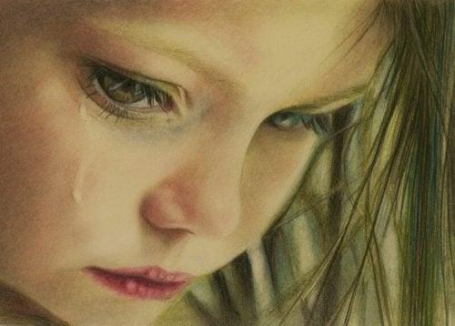 bimba che piange