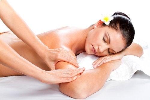Prendersi cura dell'intestino per far guarire la pelle