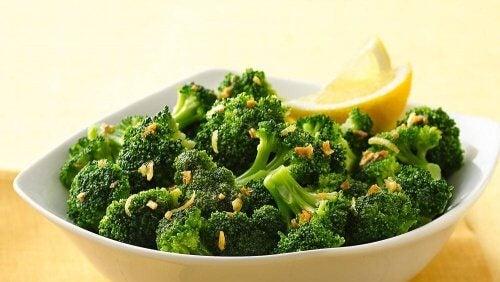 7 combinazioni di alimenti alcalini da assumere durante tutta la settimana