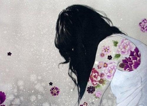 Corpo di donna con fiori