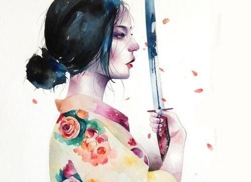 donna giapponese pronta al combattimento con katana