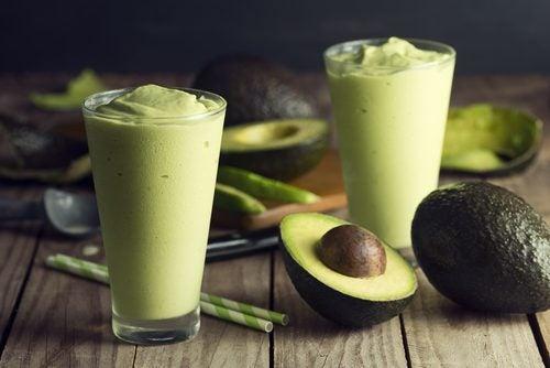 Frullato di avocado per perdere peso e aumentare la massa muscolare