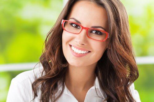 prendersi cura degli occhiali