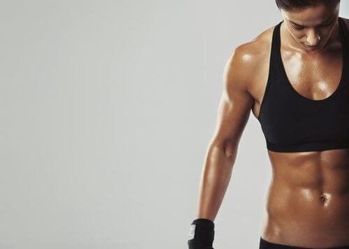 come rimuovere il grasso corporeo naturalmente