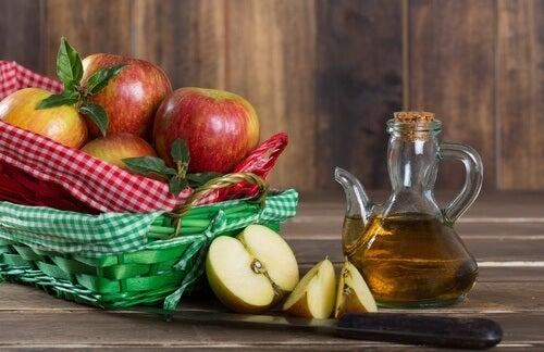 mele e aceto
