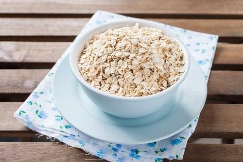 Efficacia dell'avena nel regolare i livelli di colesterolo