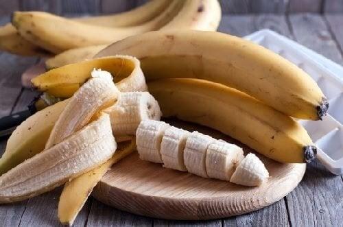 Maschere alla frutta per ammorbidire la pelle del viso