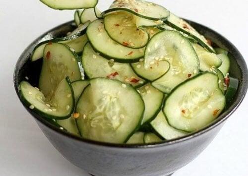 Cetrioli: 7 buoni motivi per mangiarli spesso