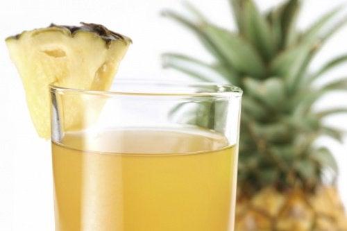 infuso di ananas e zenzero per perdere peso