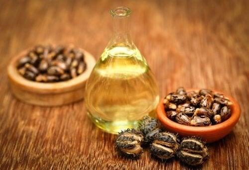 olio di ricino per i talloni