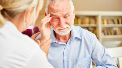Demenza senile: 8 sintomi da conoscere