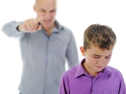 Come smettere di urlare ai propri figli