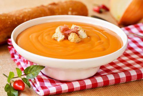 Zuppa di pomodoro per combattere il tumore al colon