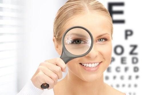 Esercizi per migliorare la vista senza chirurgia
