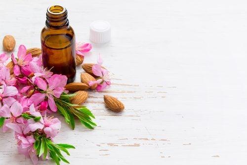 L'olio di ricino è un ottimo alleato per contrastare le macchie della pelle