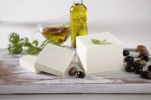 formaggio utile per i denti