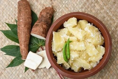 Manioca: una radice con 9 importanti proprietà medicinali